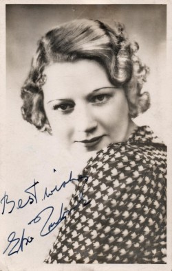 Signed photographic postcard of Elsie Carlisle c. 1932